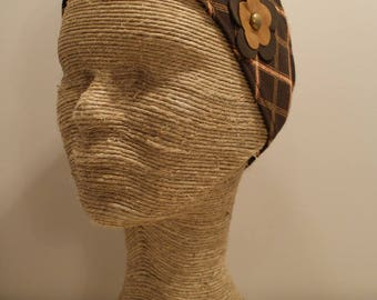 Brown fabric and leather flowers headband