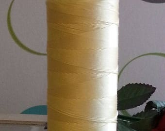 Fils à coudre nylon champagneyellow 0.8 mm, about 300 m / spool