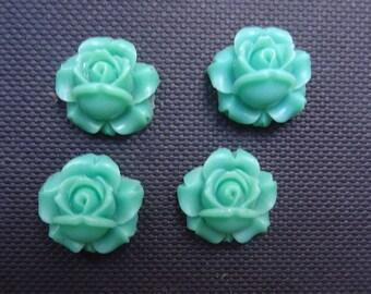 4 roses flowers green resin 1.2 cm