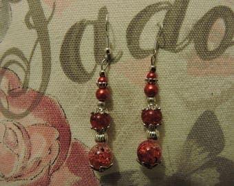 Nice pair of dangling earrings, Red