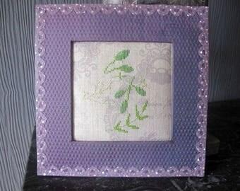 Chalkboard leaves embroidered on frame