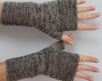mitts knitted handmade grey marronne and beige mottled
