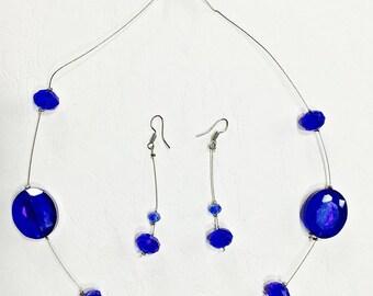 Very elegant set in blue and steel