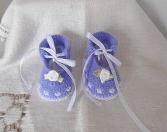 Wool form babies size 0/3 month baby booties