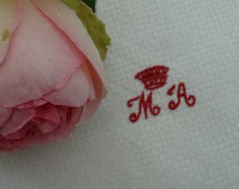 Old towels for the body with arms and Monogram my. Exceptional set
