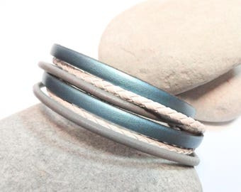 Bracelet blue gray white Pearly leather 2 laps