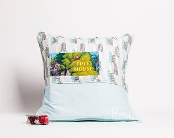 20 x 20 pilow, kids pillow, reading pillow, pillow with pocket,