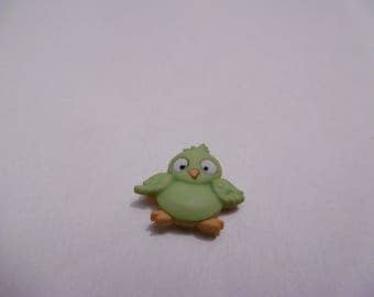 button decorative green bird