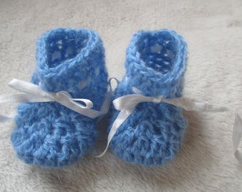 Blue 3-6 month baby booties