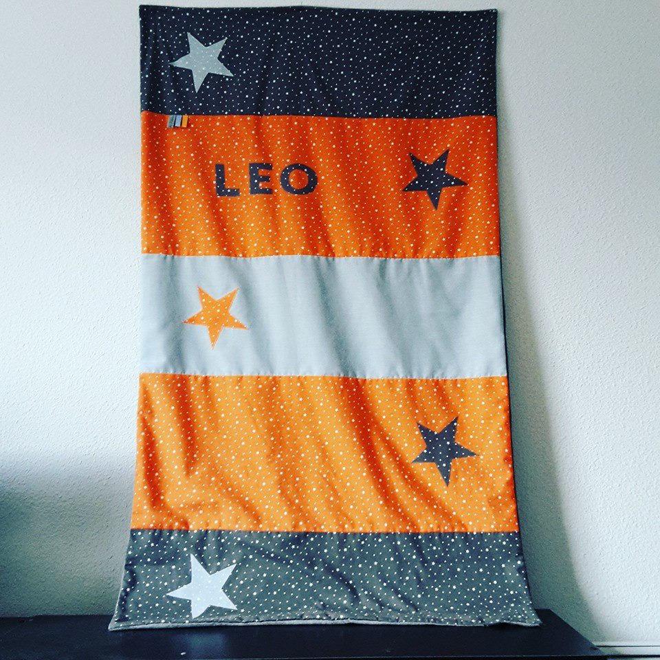 couverture b b dimension 60x110cm theme gris orange bleu. Black Bedroom Furniture Sets. Home Design Ideas