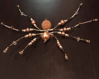 Bead Spider in amber color