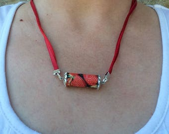 Recycle necklace red beads