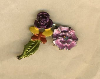 Ornament, enameled flowers and leaves