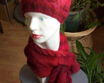 Set hat and scarf - ombre red and Burgundy-