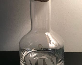 VIN Dartington Crystal Carafe Excellent Condition With Cork Stopper