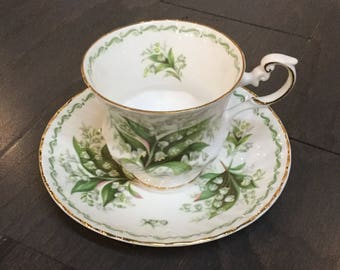 """Rosina Bone China Teacup """"Lily of the Valley"""" Queens Special Flowers Collection"""