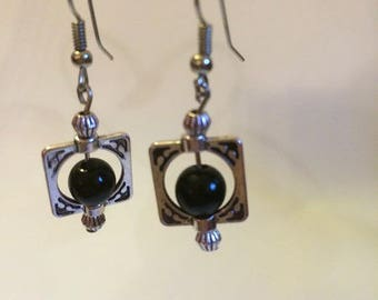 Earrings Silver earrings with black stones