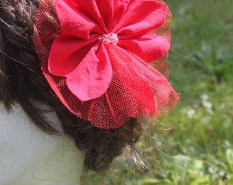 Flower hair romantic accessory for weddings!
