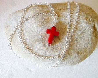 Necklace short red cross pendant
