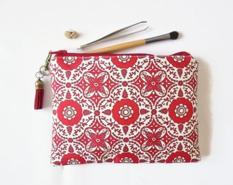 Mum gifts, sewing Pouch, red medallion, boho style, travel wallet, makeup organiser.