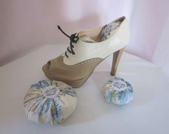 Shoe Dots - Floral Print Polished Cotton