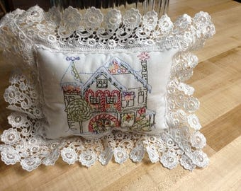 Lavender filled sachet pillow