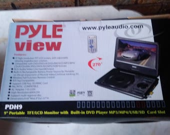 Pyle Home Pdh9 9-Inch Portable Tft/Lcd Monitor with Built-In DVD Player MP3/MP4/USB SD Card Slot new in the box unopened