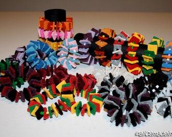 Bracelets in colored felt.