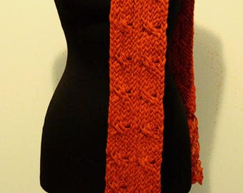 Scarf made with hand loom
