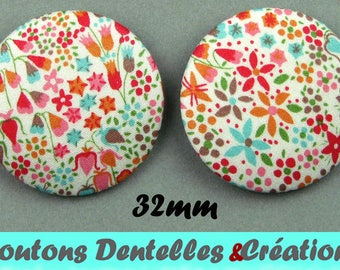 Buttons covered with Liberty - Eve C - 32mm