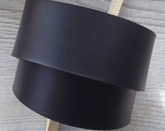 Leather strap black matte 4 cm wide and 60 cm long, vegetable tanned