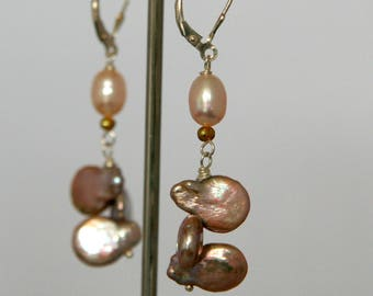 Earrings, pearls and silver.