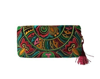 Floral Embroidered Wallet/Clutch Wallet