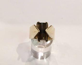 9ct gold uk hallmarked smokey qaurtz set ring
