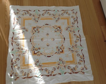 Pair of Shabby Chic Vintage Tablecloths - 50's or 60's ?