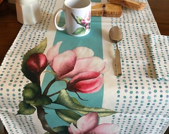Artistic tablecloth table stitched watercolor print, tablecloth and two napkins