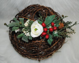 Wild Berry + Snow White Ranunculus: Christmas Collection