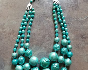 Vintage tourquois colored three strand necklace stamped Japan