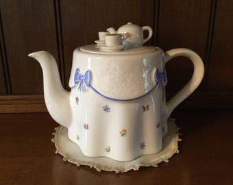 English Teapot Price & Kensington