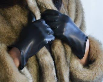 Black Lambskin Gloves for Woman, Unlined