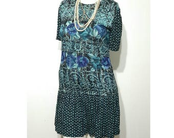 80s/90s CAROL LITTLE Petite Dress Drop Waist Flapper Style GEOMETRIC Rayon Crepe Dress Size 4