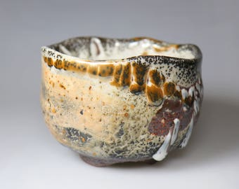 Coral-like shape/Glost-fired Earthen Tea Bowl;Handmade;Taiwan pottery;Japanese style;Ceramicware;Unique gifts;Multi-colour;tea ceremony