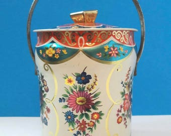 Vintage floral countryside tin