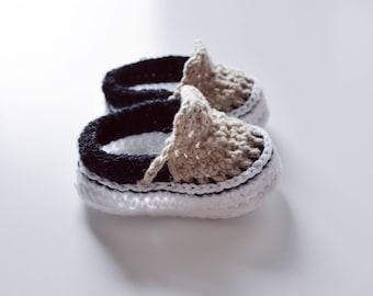 Crochet Baby shoes vans style