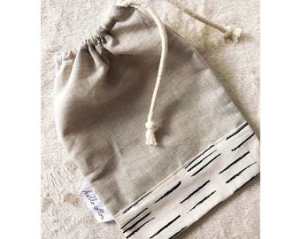 Customizable linen pouch