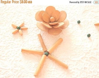 CLEARANCE - Wood flowers and beads