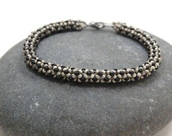 Flooring/Beaded Bracelet/Bangle/Chenille Bracelet/Beadwoven Bracelet/Gift for Her/Handmade Jewelry/Girls Night Out/Accessory