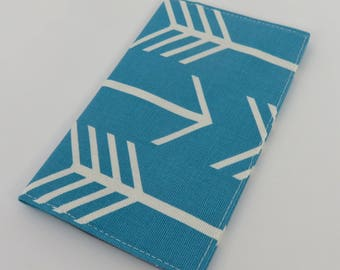Checkbook Cover Case Cheque Book Receipts  - Large White Arrows on Apache Blue Fabric