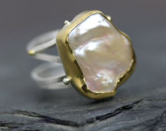 Bold Pearl in 22k Gold on Sterling Silver Swirled Band. US Size 8 1/2. Statement Ring.