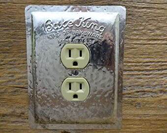 Kitchen Lighting Decor Outlet Cover Covers Made From Old Vintage Bake King Bakeware Baking Pan Cake Pans OLC-1127
